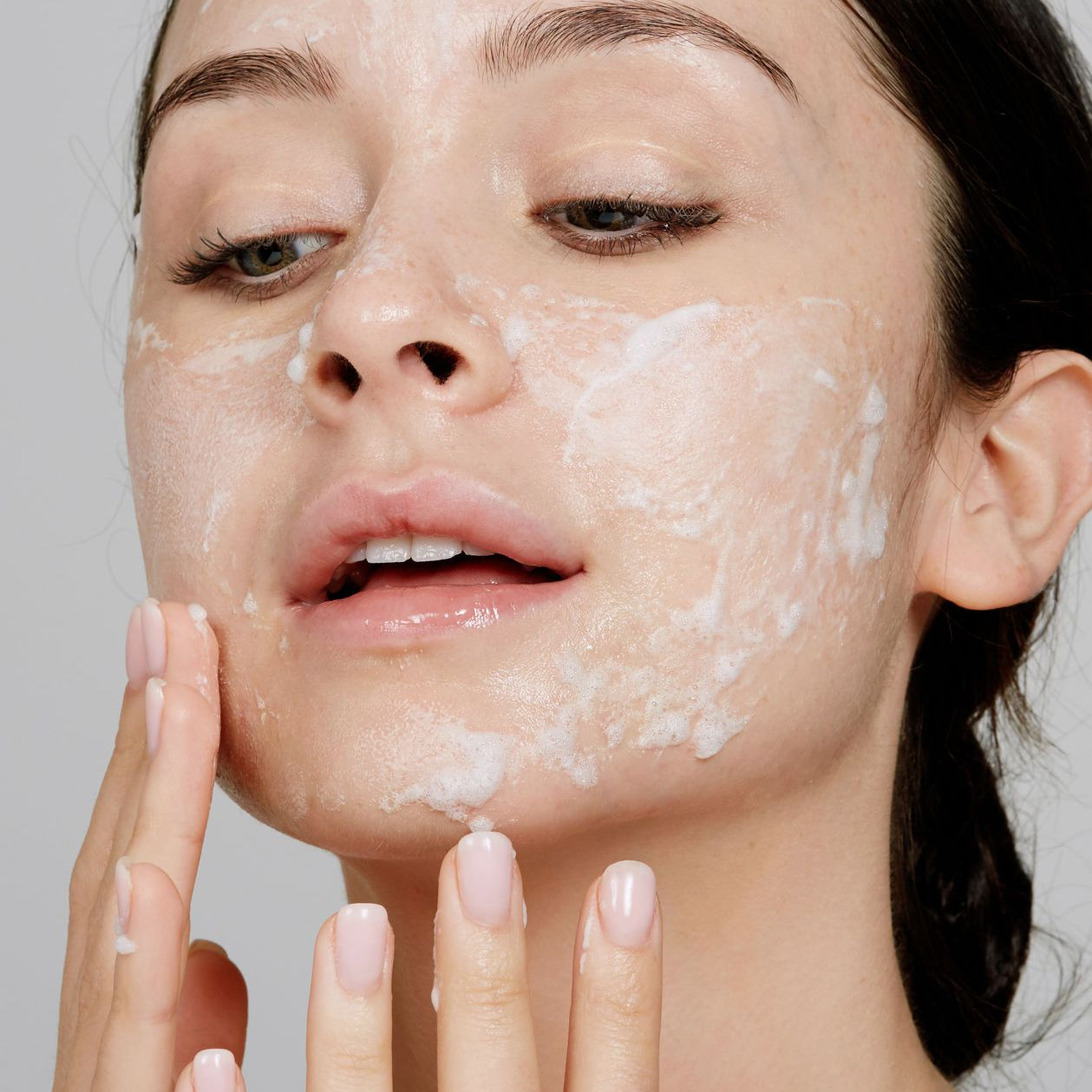 8 Natural Face Washes Your Skin Will Thank You For