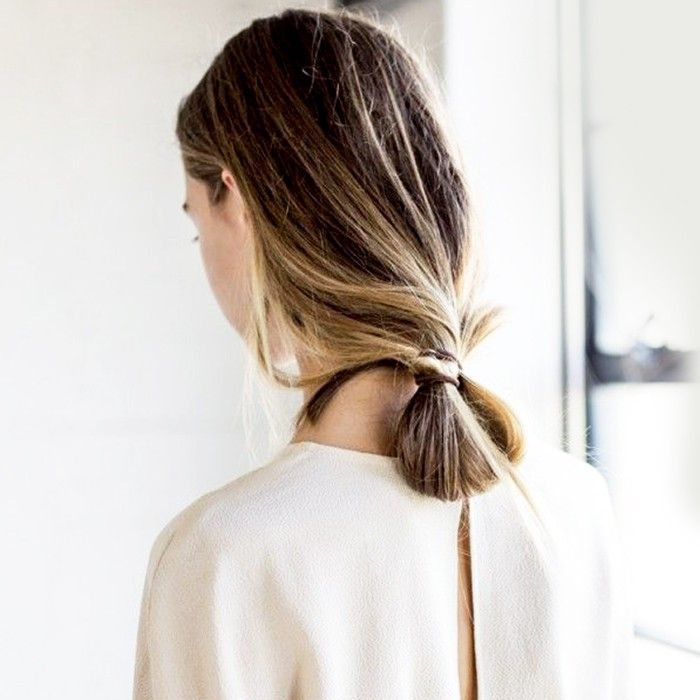 Quick And Easy Hairstyle Ideas That Take Under 30 Seconds