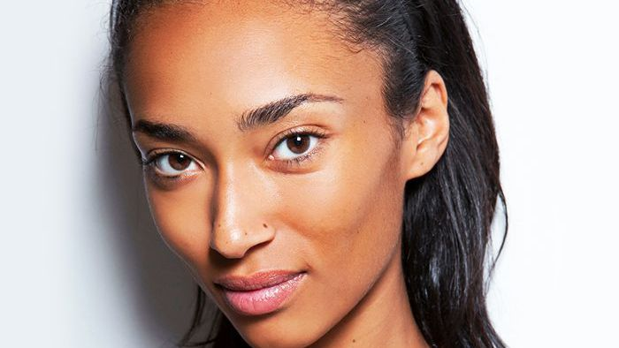 5ab844374e 6 French Makeup Tips Parisian Women Swear By