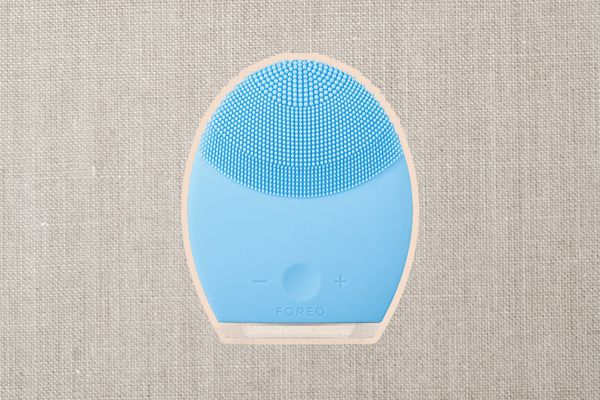 Foreo Facial Cleansing Brush Device