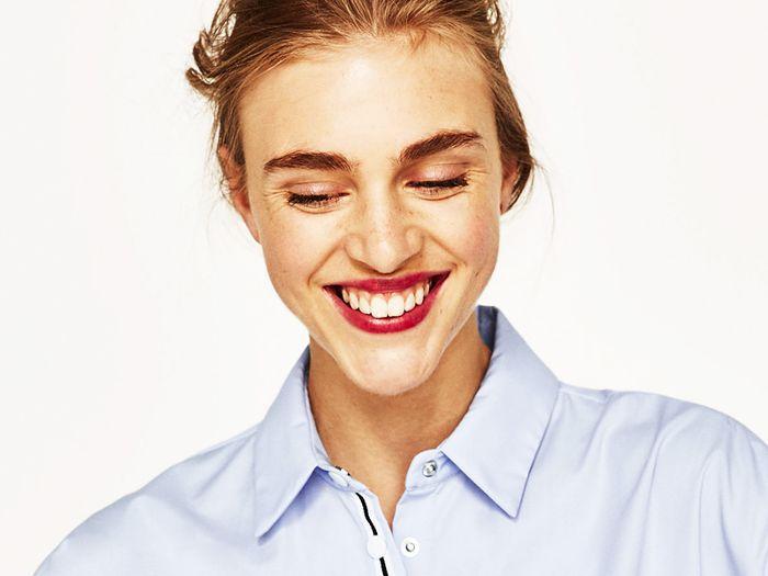 Darphin resurfacing peel review: Model smiling