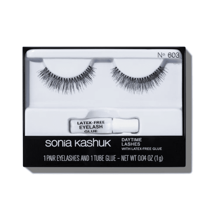 1d488b515d3 These Are the 10 Best Natural-Looking False Eyelashes