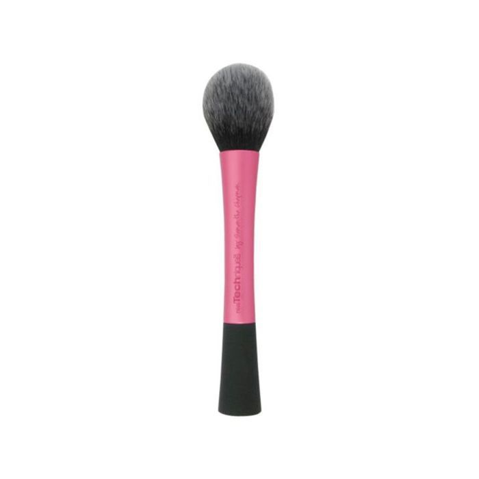 best makeup brushes: Real Techniques Blush Brush