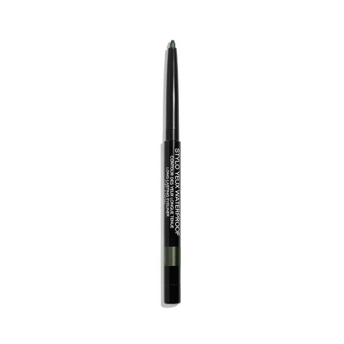 Glossy Eyes How To: Chanel Stylo Yeux Waterproof Long-Lasting Eyeliner in Celadon