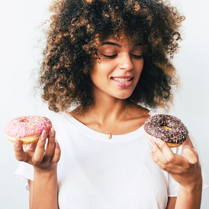 9 Celebrity Nutritionist–Approved Ways to Beat Your Sugar Cravings