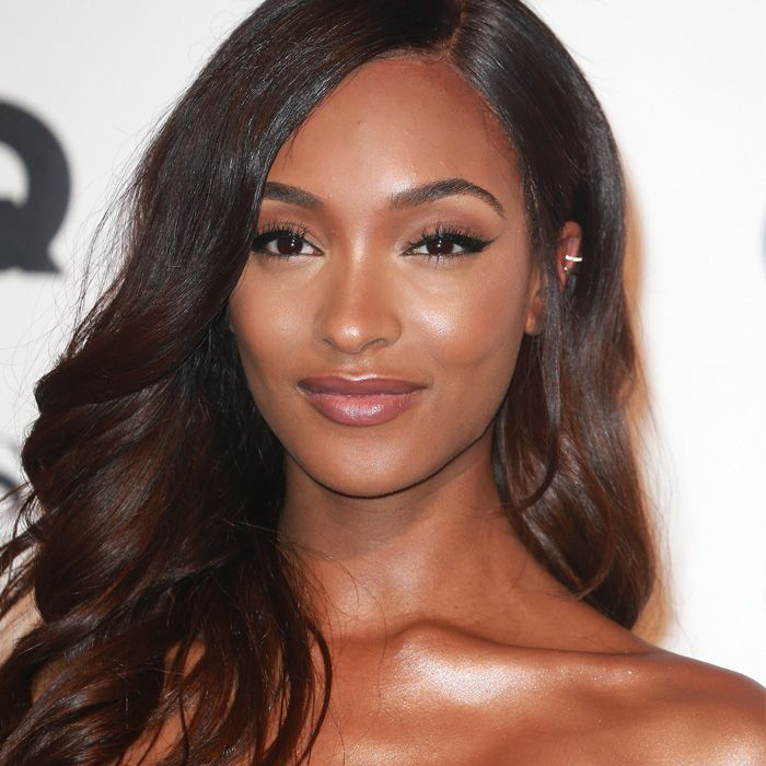 a2472aebbc1 How to Choose the Best Shade of Brunette for Your Skin Tone
