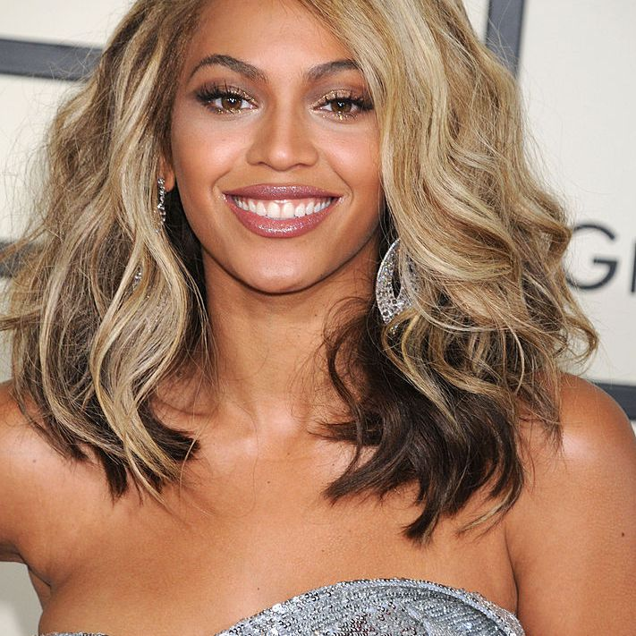 49 Medium Length Hairdos Perfect For Thick Or Thin Hair