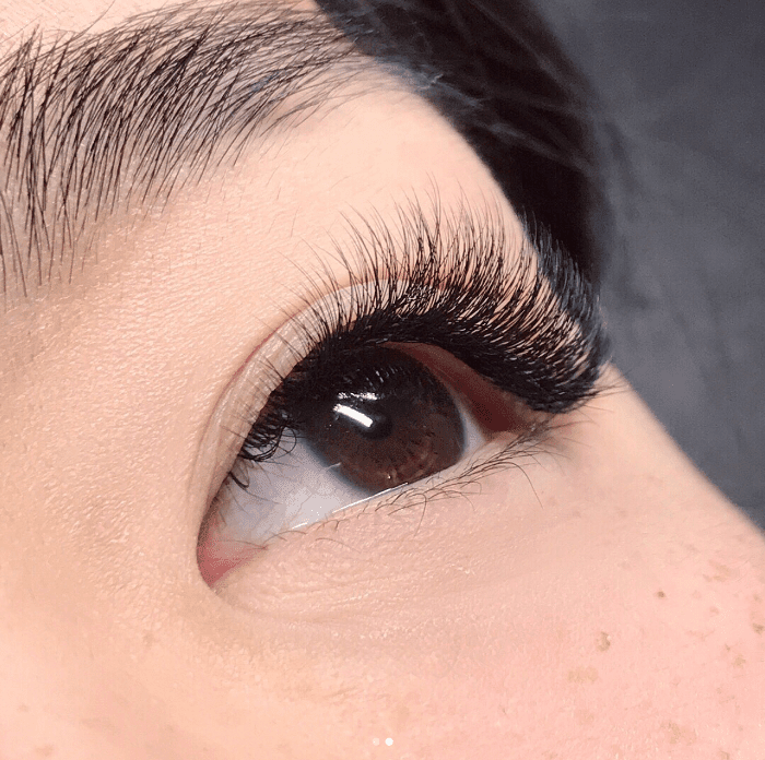 bd15a20aa42 The Best Eyelash Extensions for Every Eye Shape