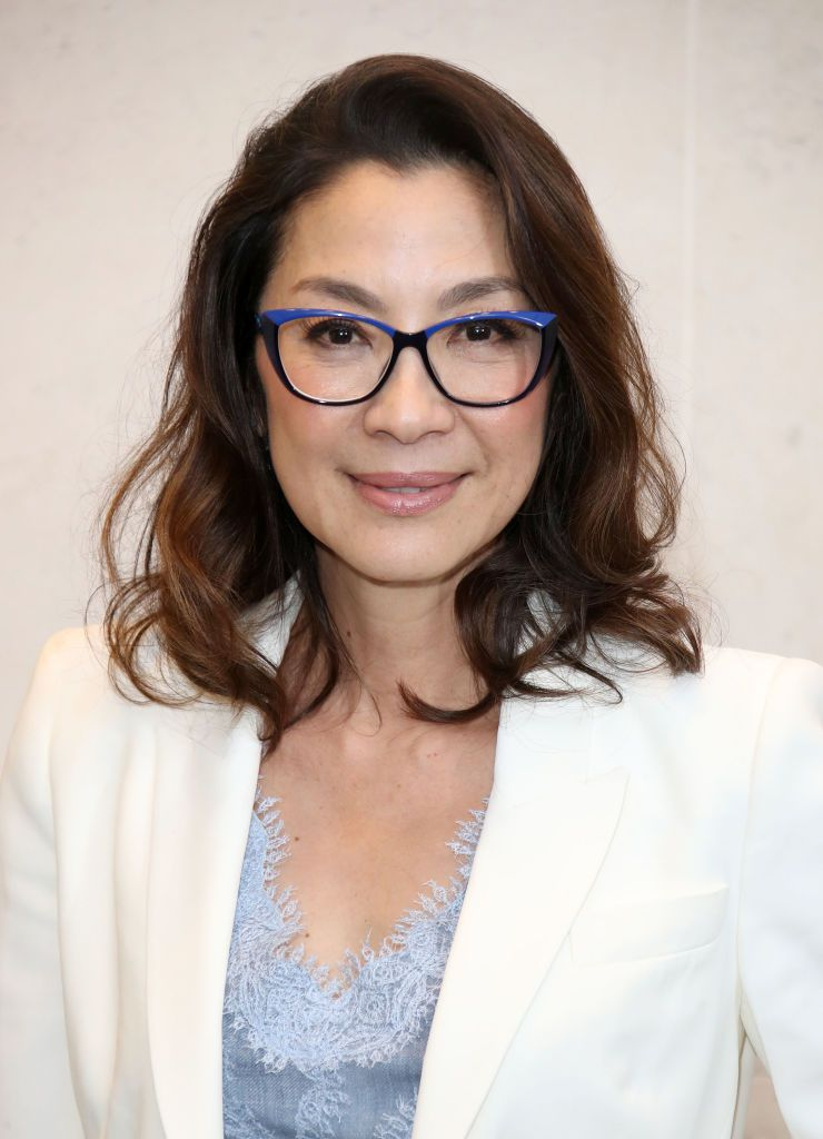 Michelle Yeoh loose wave lob