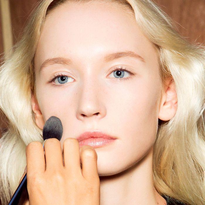 How to Apply Primer: 6 Celebrity Makeup Artist–Approved Tips