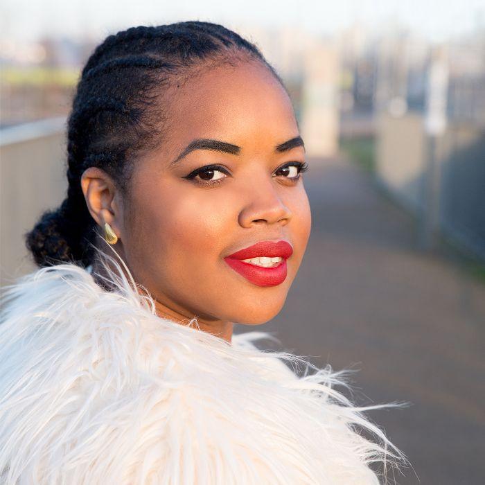 mdm flow flawless finish foundation: Florence Adepoju