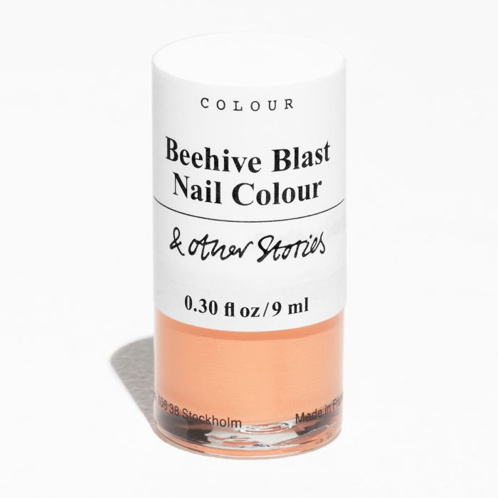 & Other Stories beauty review: Nail Colour in Beehive Blast