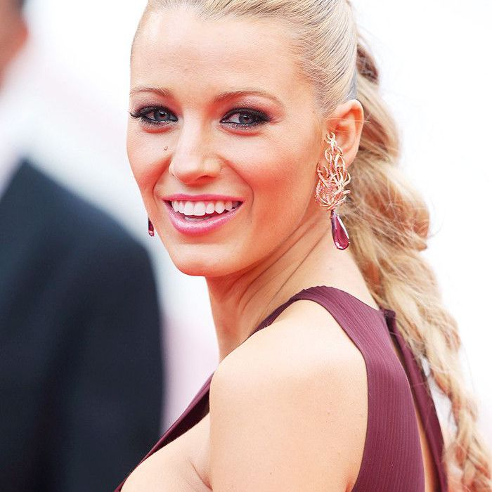 Blake Lively Hair: High plait