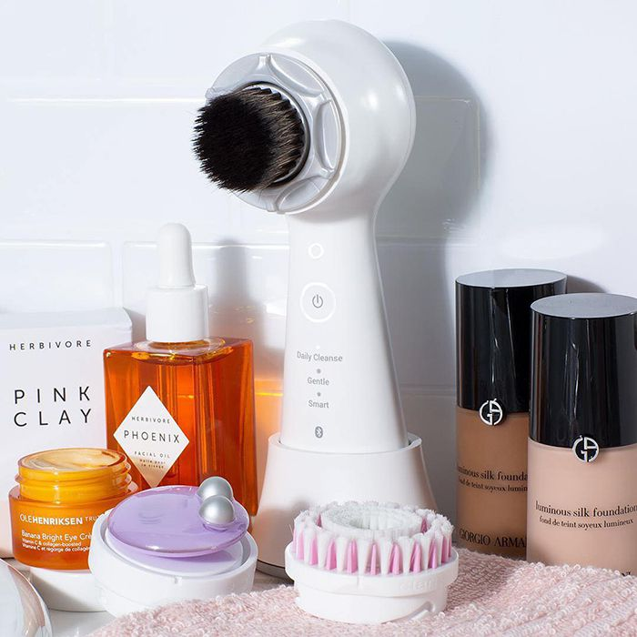 11 Things You Didn T Know You Could Do With Your Clarisonic