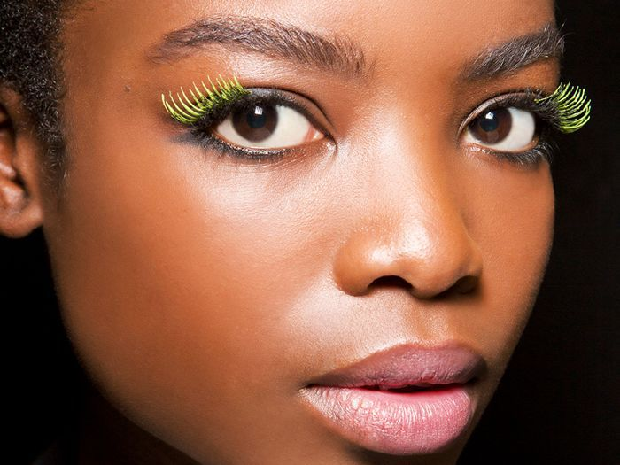 d175597bcda Your Step-by-Step Guide for How to Apply False Eyelashes Like a Pro