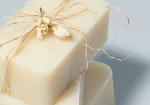 jasmine soap with shea butter in it