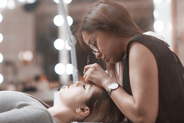 Cosmetology schools makeup artist