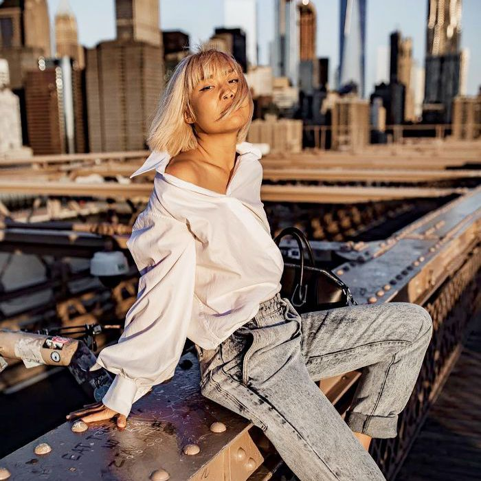 How to Wear a Button-up Shirt Off the Shoulder