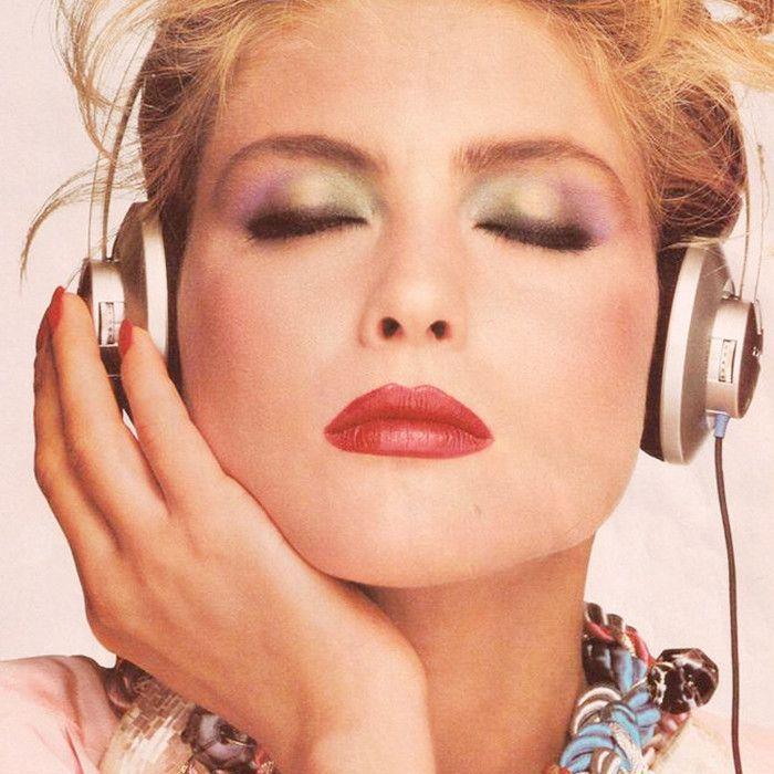 eyeliner-styles-history