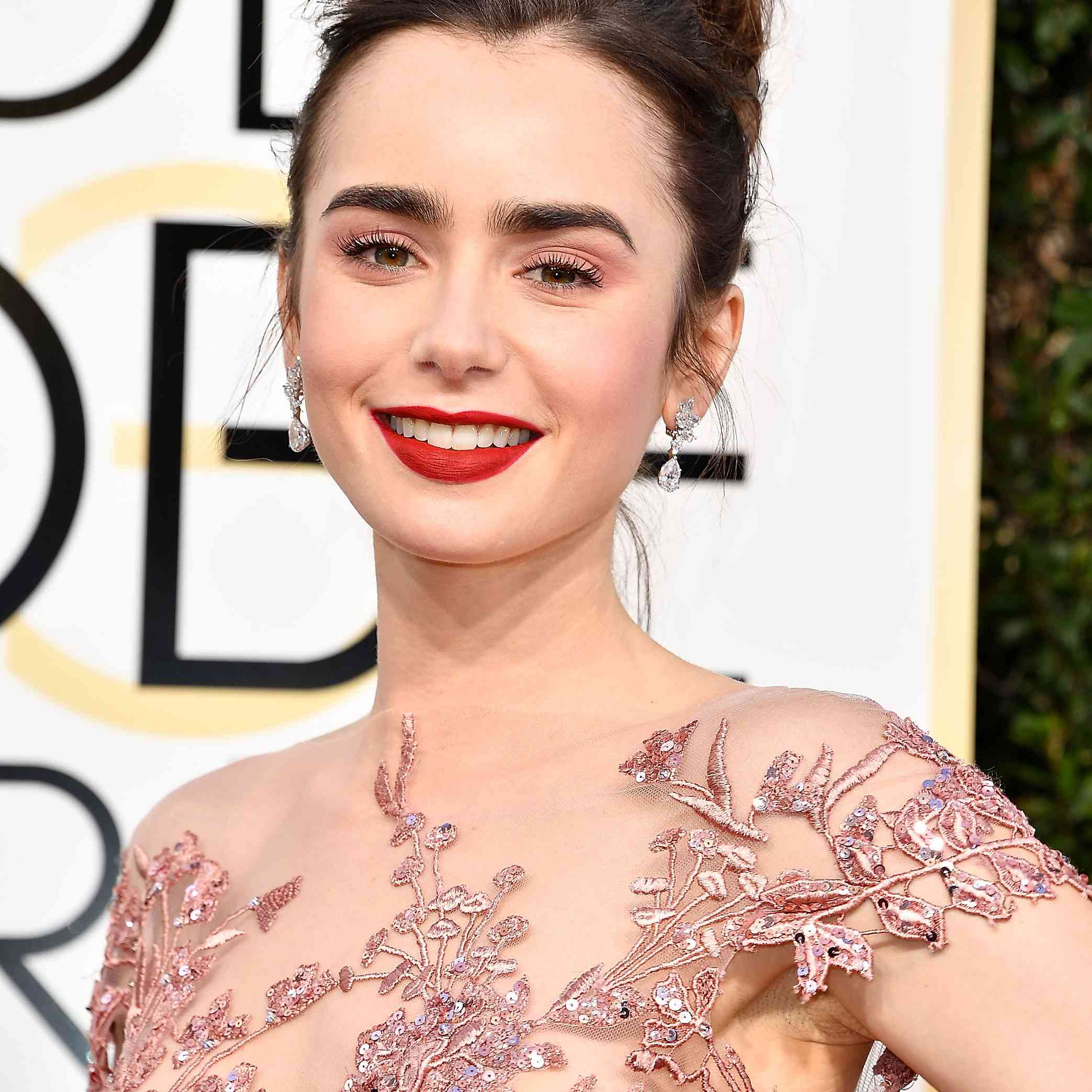 74th Annual Golden Globe Awards - Arrivals, Lilly Collins
