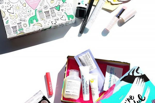 A variety of different beauty boxes.