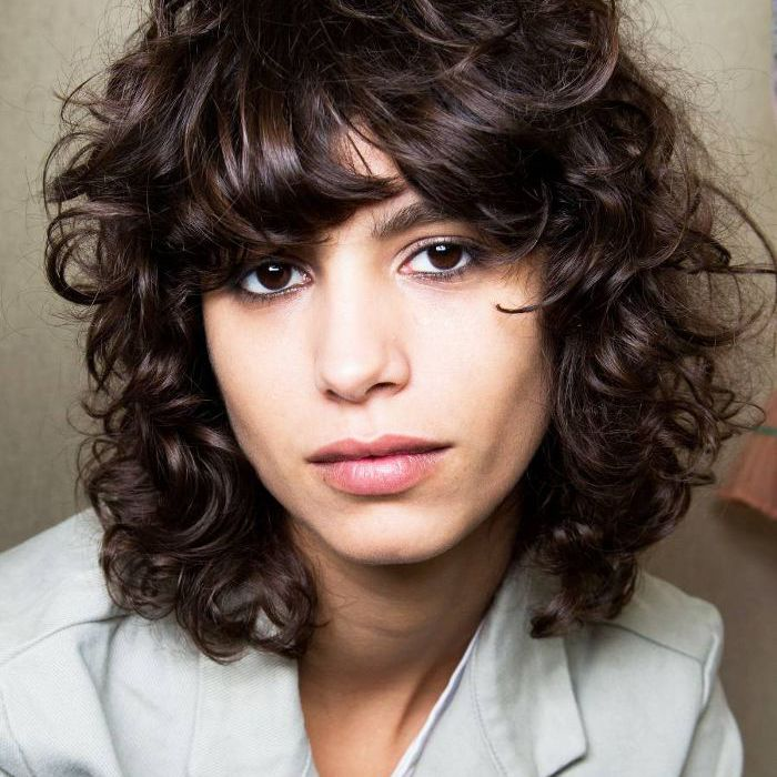 These Are The 15 Best Short Haircuts For Thick Hair
