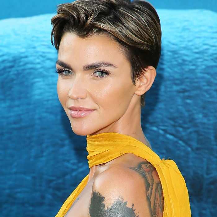 Ruby Rose crop with blonde higlights