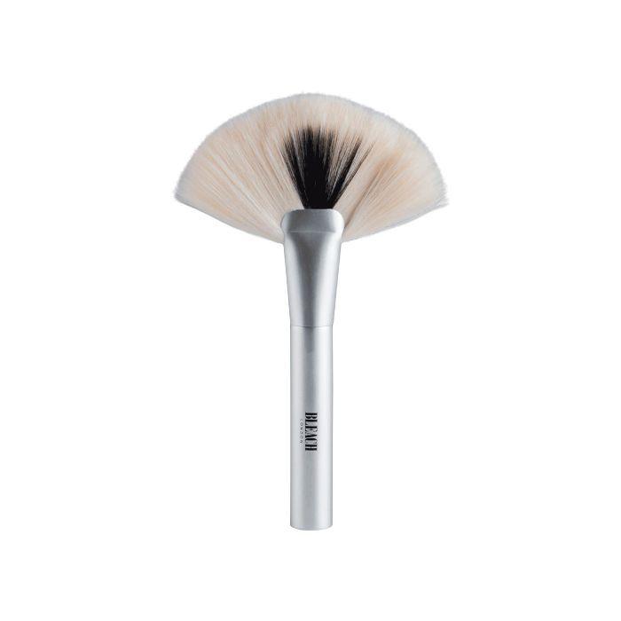 Bleach London P002 Powder Brush