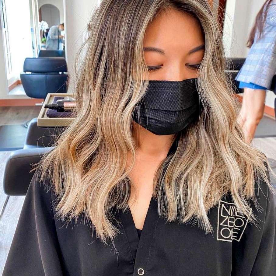 ombre dye job at the salon
