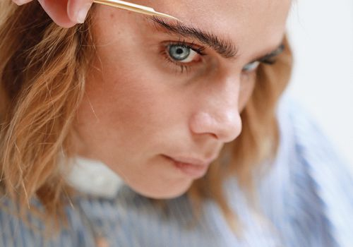 Brow trimming