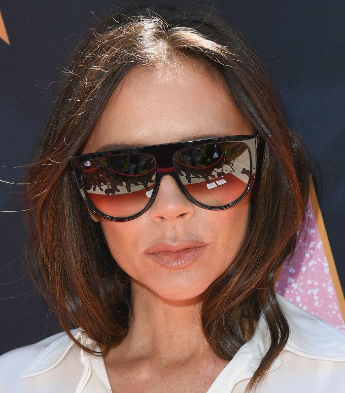 Victoria Beckham Hair: Victoria Beckham with oversized sunglasses