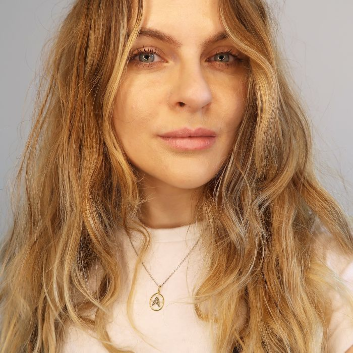 Ouai Wave Spray: Amy Lawrenson with beachy hair