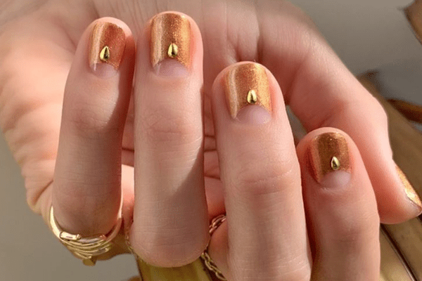Here Are The 30 Best Red And Gold Nail Designs For The Holiday Season