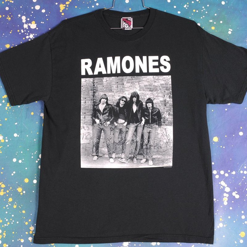 Vintage Ramones T-Shirt Size XL