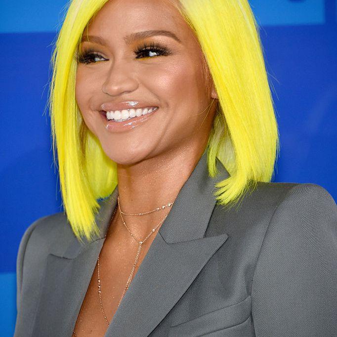 Cassie yellow neon lob