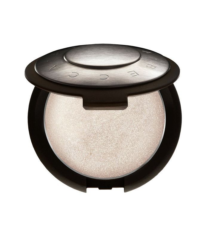 Best highlighter makeup: Becca Shimmering Skin Perfector Poured