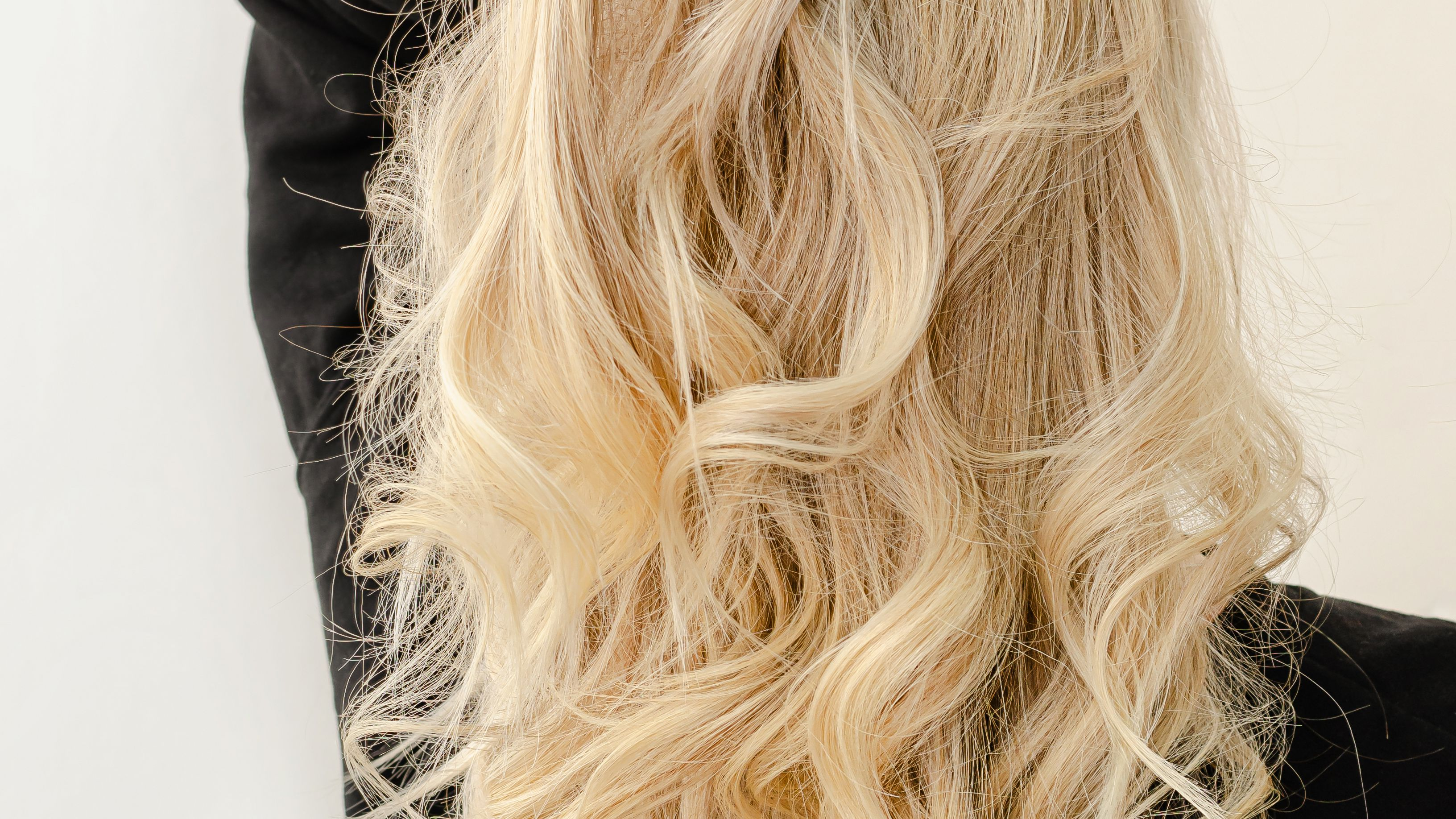 How To Take Care Of Bleached Hair According To An Expert