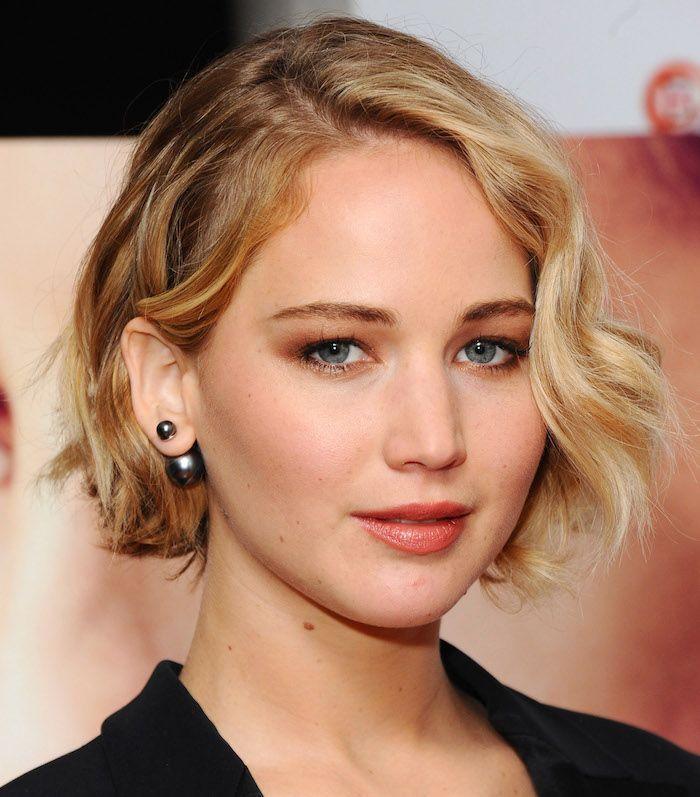 Jennifer Lawrence wavy bob
