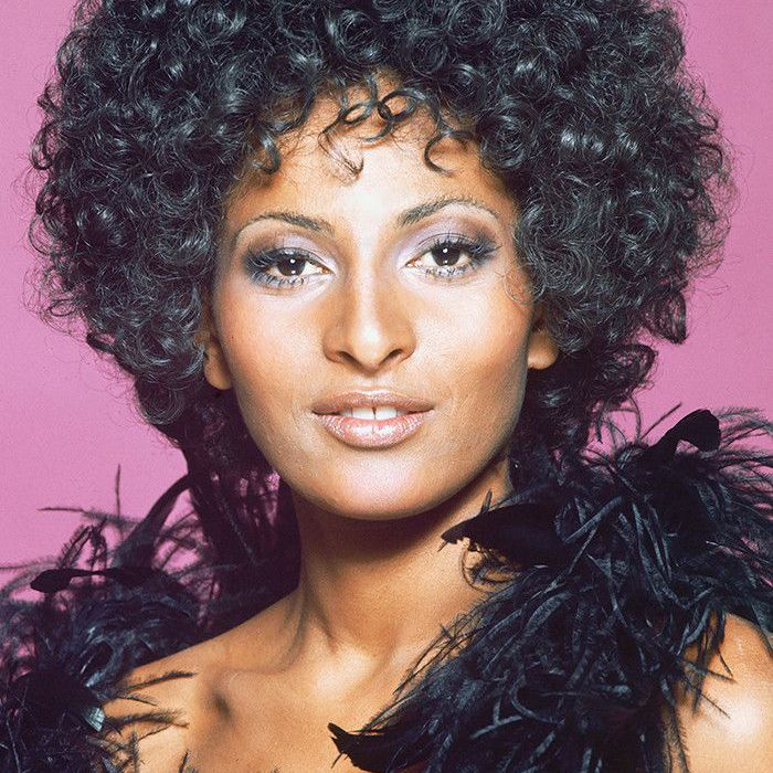 Chic 70s Hairstyles You D Be Mad Not To Try Now