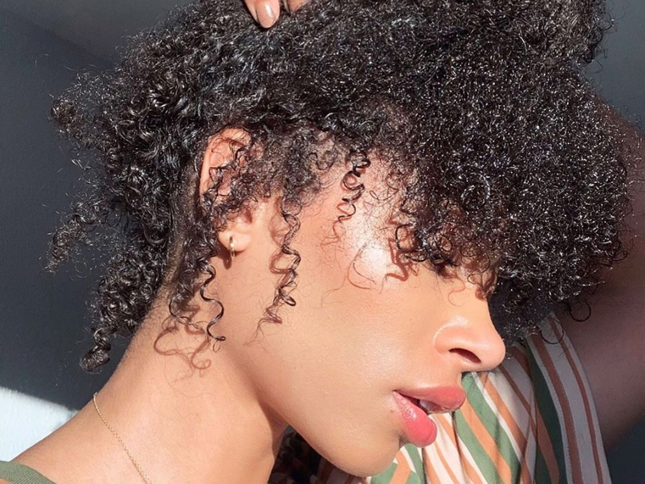 How To Safely Stretch Natural Hair Without Heat