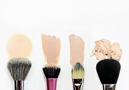 foundation swatches and makeup brushes
