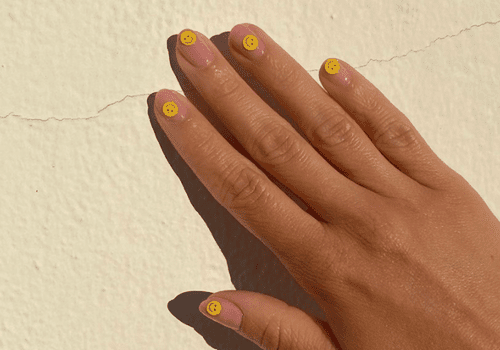 smiley face manicure