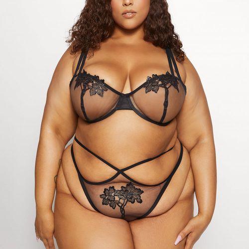 Love, Vera Appliqué Bra & Panty Set Black Curvy