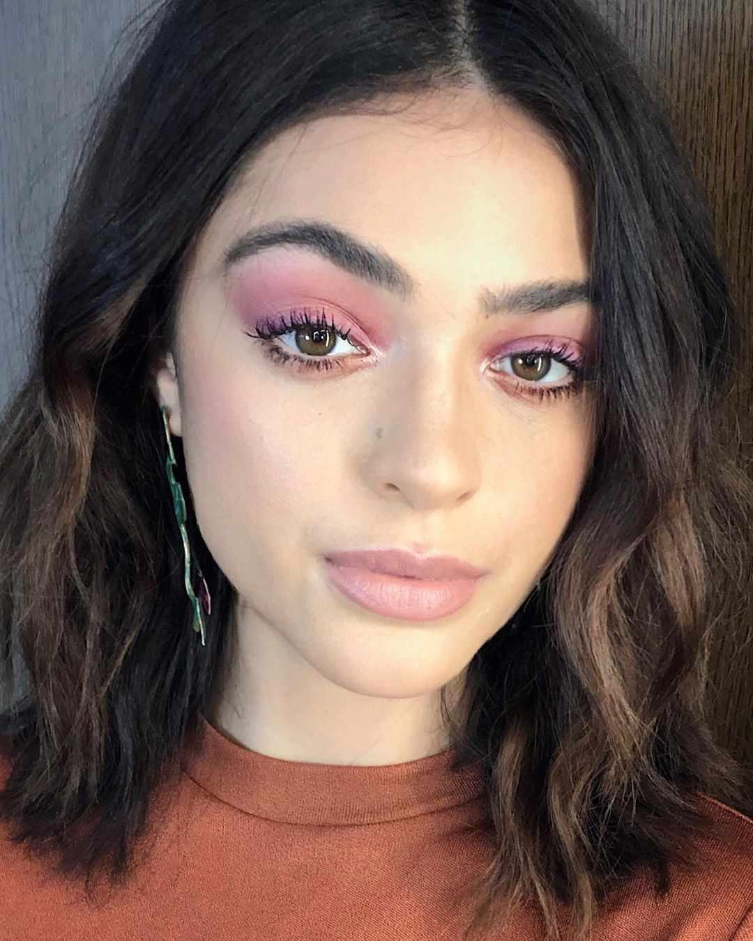Luna Blaise wearing pastel pink eyeshadow