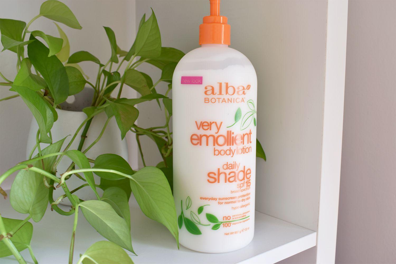 Alba Botanica Very Emollient Daily Shade Lotion SPF 15